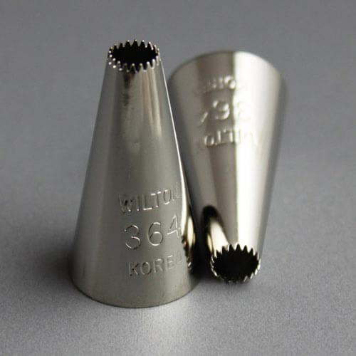Wilton no 364 open star drop flower icing tip for Star decorating tip