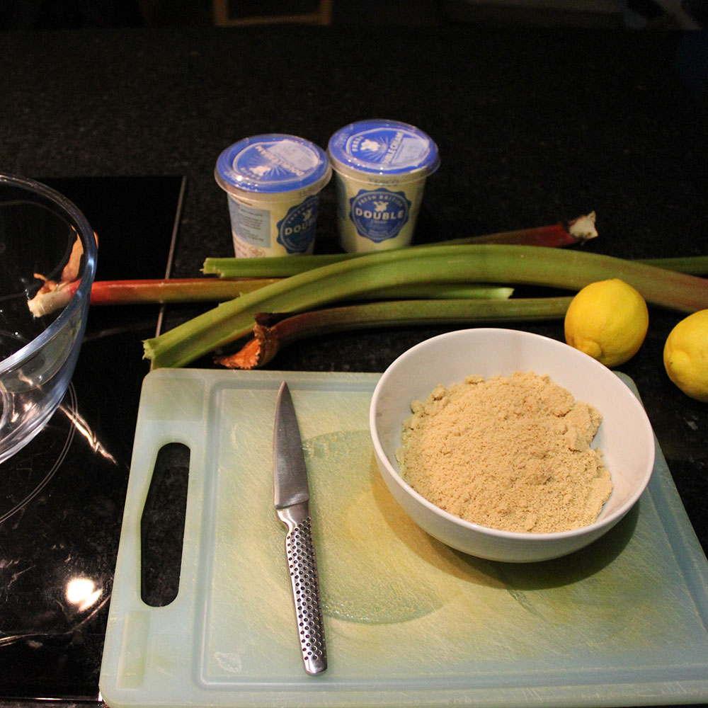 Rhubarb cream fool ingredients
