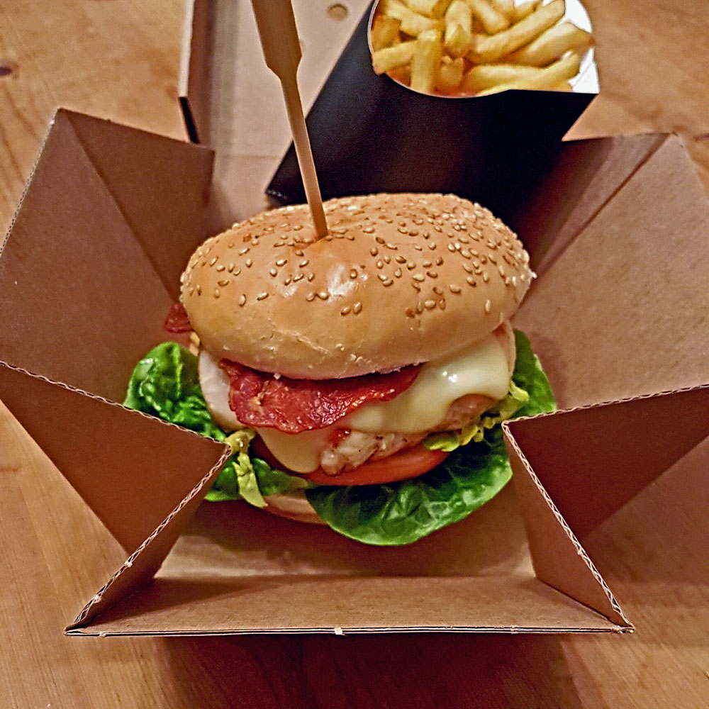 Premium Burger Box with scoop