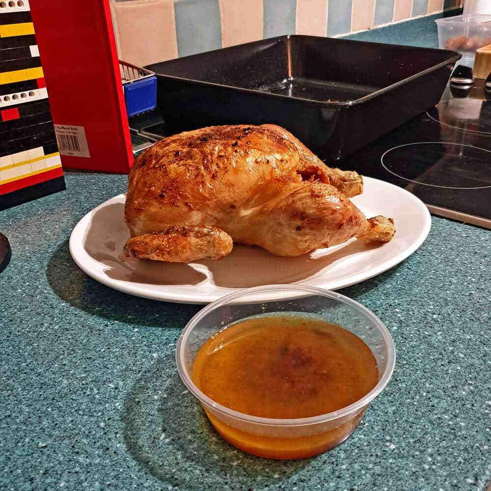 T250cc Gravy Stock Ready for Roast Chicken